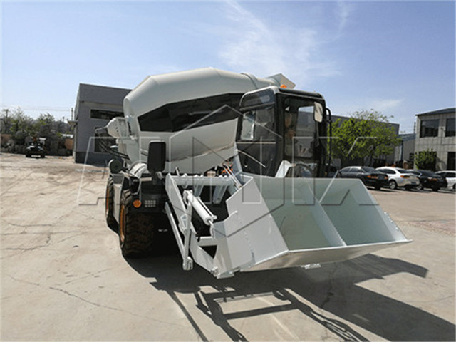 self-loading concrete mixer buy